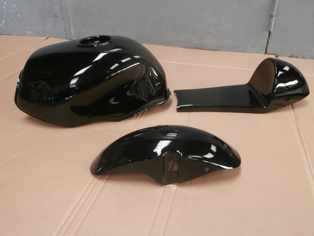 moto custom carrosserierouillard. Black Bedroom Furniture Sets. Home Design Ideas
